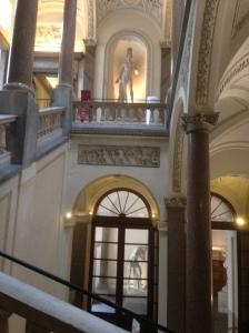 Das Treppenhaus im Museo di Roma Foto: Gerd Walther