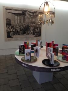 Installation Gemeinsam kochen - gemeinsam essen Foto: Gerd Walther